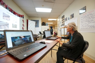 Grand opening of the SEAMAAC Computer Literacy Lab, Thursday Nov. 3, 2016, inside the SEAMAAC Community Outreach Office in South Philadelphia.  (Comcast Photo/ Joseph Kaczmarek)